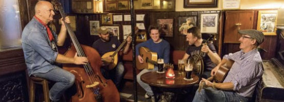 Traditional Irish Music Session in Sean's Bar